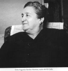 "Doña Angustias, madre de ""Manolete"""