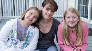 Mi esposa Aurora, con mis hijas Montse y Maite