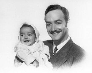 -Jorge con su única hija, Diana Negrete Crochet