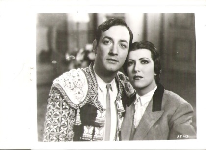 Jorge Negrete y Gloria Marín en Seda sangre y sol  (1942)