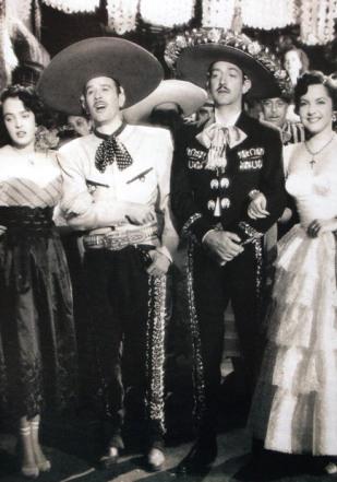 Yolanda Varela, Pedro Infante, Jorge Negrete y Carmelita González en Dos tipos de cuidado (1952)