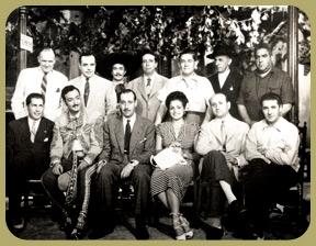 Equipo de la película Jalisco canta en Sevilla.