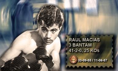 Rául, Ratón Macías, campeón mundial del peso gallo