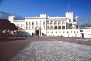 Palacio de Mónaco, residencia de loa príncipes.