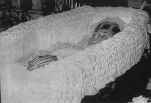 La capilla ardiente con el cadáver de la princesa Grace..