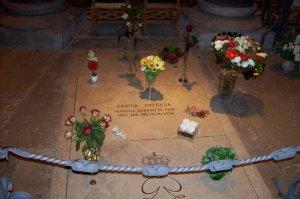 Tumba de la Princesa Grace  en la Catedral de San Nicolás (Mónaco)