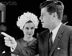 Grace  con el  presidente John F. Kennedy.