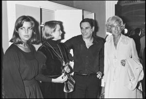 Carolina y Grace de Mónaco, Robert Hossein y Claude Pompidou.
