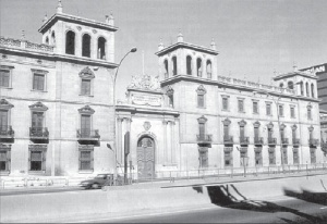 Antiguo cuartel de Lepanto.