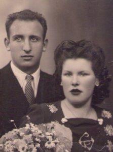 Su hermana Concha con su esposo Alfonso.
