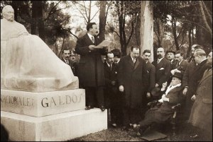Galdós el día de la inauguración de su escultura en el Parque del Retiro de Madrid (20 de enero de 1919).