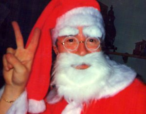 Papa Noel, bienvenido a nuestro hogar.