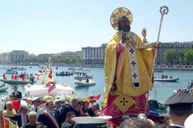 San Nicolás, patrón de los marineros.