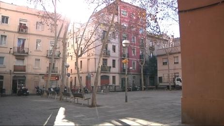 Plaza del Raspall, historico lugar de encuentro de la comunidad gitana del barrio de Gracia de Barcelona