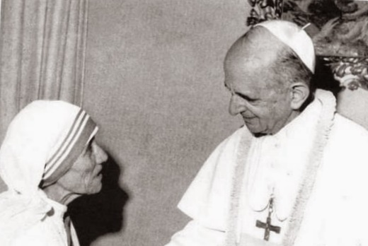 El Papa Pablo VI con la Madre Teresa.