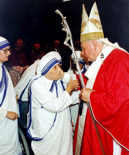 Con Juan Pablo II en el Vaticano.