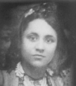 Agnes con 18 años.
