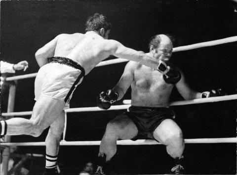 Campeón de Europa ante Peter Weiland en 1970.
