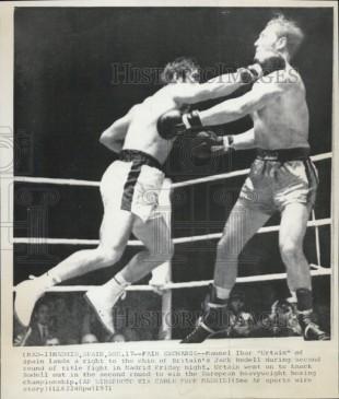 Se proclamó de nuevamente campeón de Europa al derrotar a Jack Bodell en 1971.