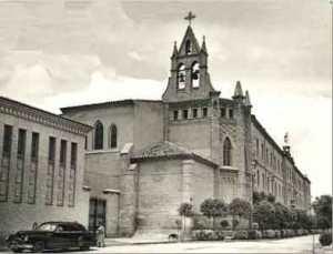 Iglesia y Colegio de los Padres Jesuítas construído a finales del sigloXIX.