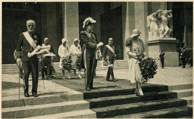 Los Reyes Alfonso XIII y Victoria Eugenia en la Inauguración de La Exposición Internacional de Barcelona