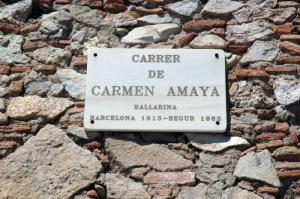 Calle de Carmen Amaya (antiguamente camí de rere cementiri) camino de detrás del cementerio.