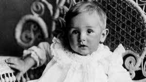 Walt Disney bebé.