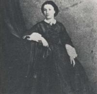 Su hermana Matilde.