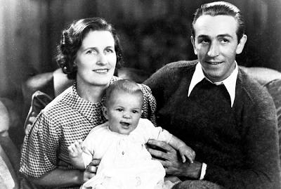 El matrimonio Disney con su hija Diane.