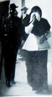 Enriqueta Martí es c onducida a la comisería.