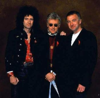 Brian May, Johm Deacon y Roger Taylor.