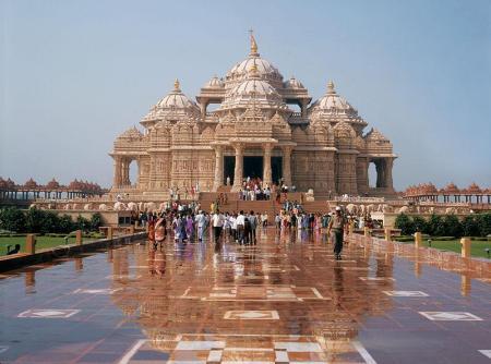 Templo de Akshardhan en Gujarat, India.