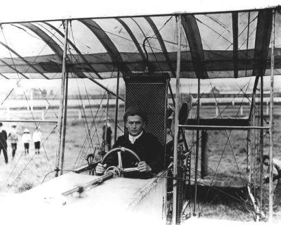 El biplano con el que sobrevoló Australia.