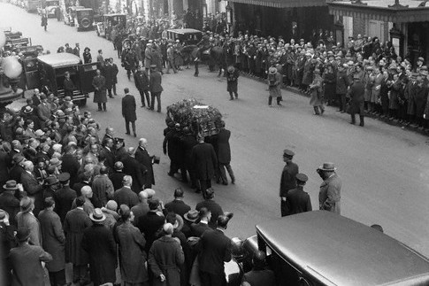 Funeral de Harry Houdini.